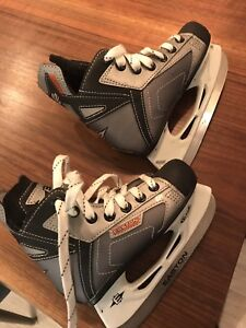 Skates youth size 11