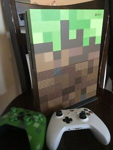 Xbox 1 Minecraft Edition with extra Controller