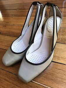 Rockport Heels - brand new size 6 Mont Albert Whitehorse Area Preview