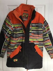 Boys snow suit new condition