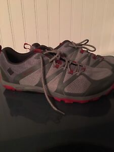 Columbia Hiking sneakers Size 12 (Brand New)