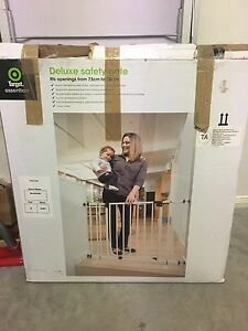 Deluxe safety gate Brassall Ipswich City Preview