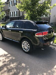 2013 Lincoln MKX LTD AWD. Low KM. Fully loaded