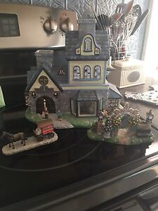 Partylite  Collectable houses