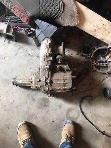 Transfer case / transmission/drive shafts