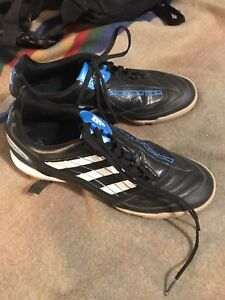 Adidas Predator Shoes size 9 indoor soccer paid 140$