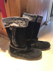 Blonde Sport Women's Winter Boots Size 12 $40 OBO