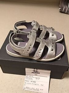 Gorgeous Ecco leather sandals brand new! Size 10