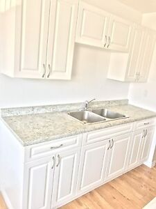 Beautiful 2 Bedroom! Updated ! Must See!'