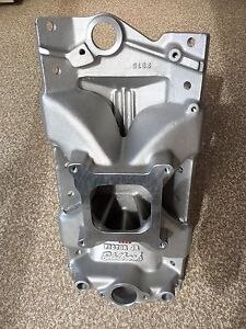 Edelbrock Victor Jr intake for a SBC