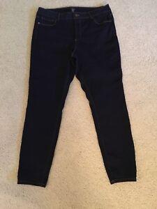 Ladies Jeans - JONES NEW YORK - Plus Size 18w