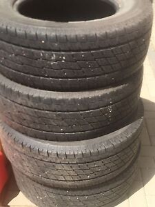 Toyo open country 275/65/R18