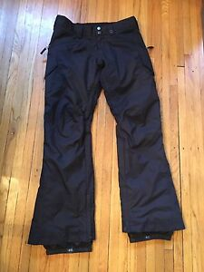 Burton Women's Snowpants,  black. M. $65 OBO