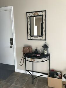 Table & matching mirror