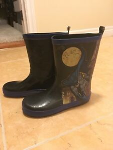 Boys size 1 Batman rain boots