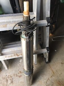 230 V 1/3 HP Submersible Well Pump $300 o.b.o