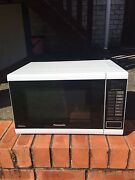 PANASONIC MICROWAVE OVEN Kirrawee Sutherland Area Preview