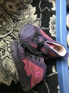 Ecco purple and pink size 5