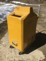 Extractaway carpet cleaning machine