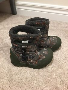 BOGS toddler boots