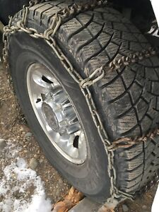 Tire chains for pickup