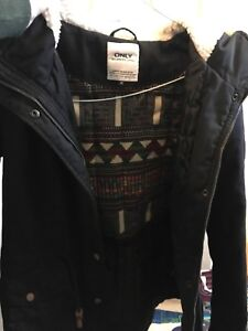 Medium Black Womans Winter Jacket