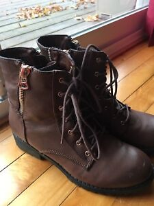 BROWN Boots with GOLD zipper/ accents - Wonderful Condition!