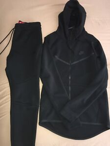 Nike tech fleece tracksuit