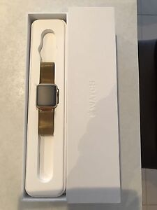 38mm Gold Apple Watch Oakdowns Clarence Area Preview