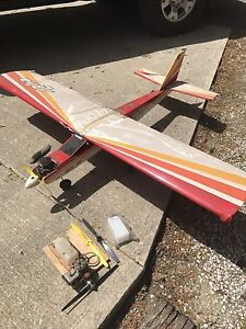 Model airplane with two motors and extra props