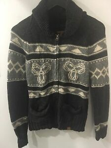 Medium TNA Sweater