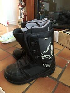 snowboard boots bottes Atomic