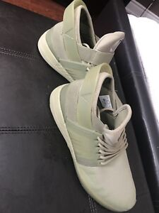 Supra Skytop shoes size 9