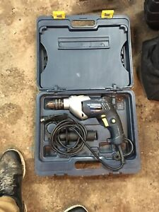 Perceuse drill a percussion mastercraft outil