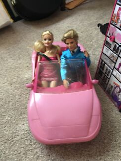 Barbie dolls/clothes/car