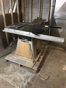 """Delta Model 36-650 10"""" Professional Table Saw"""