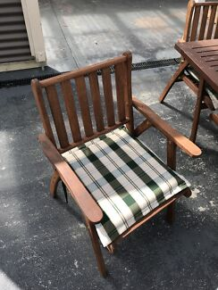 8 seat outdoor table and chairs