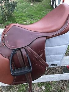 Pessoa Legacy XP3 Jumping Saddle 18inch near new. Mounts and a bridle Kangaroo Ground Nillumbik Area Preview
