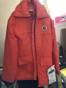 XL Mustang Float Jacket. Never worn and in great condition
