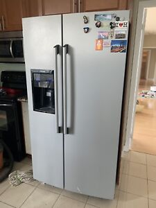 Electrolux Silver Refrigerator with Dispenser