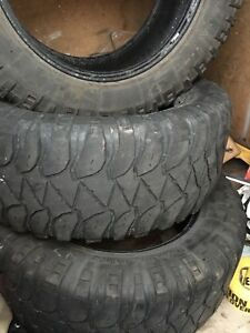 "3  LT 35"" 12.5 r20 Mickey Thompson baja mud tire"