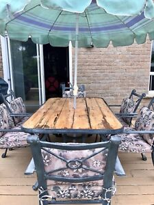 Need it gone today !!! Patio set