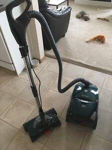Kenmore 12amp elegance vacuum