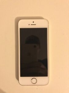 iPhone SE UNLOCKED 16GB Gold NEW