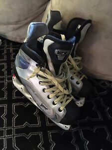 Kor Shift Size 9.5 SR Ice Hockey Skates