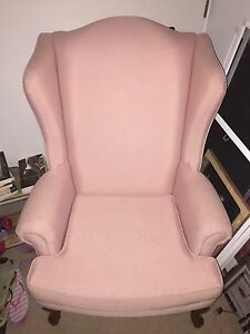 Pink wing chaire