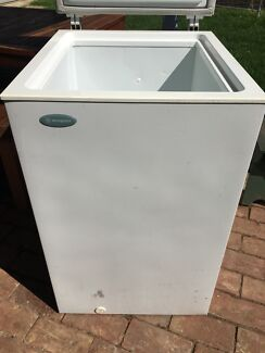 Westinghouse chest freezer