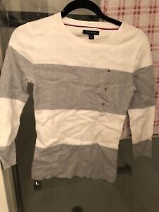 Brand new with tag women's Tommy Hilfiger sweater size S
