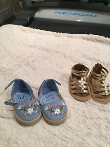 Baby shoes size 1 (3-6 months)
