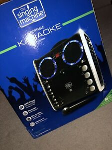 PORTABLE KARAOKE MACHINE - IN GREAT CONDITION